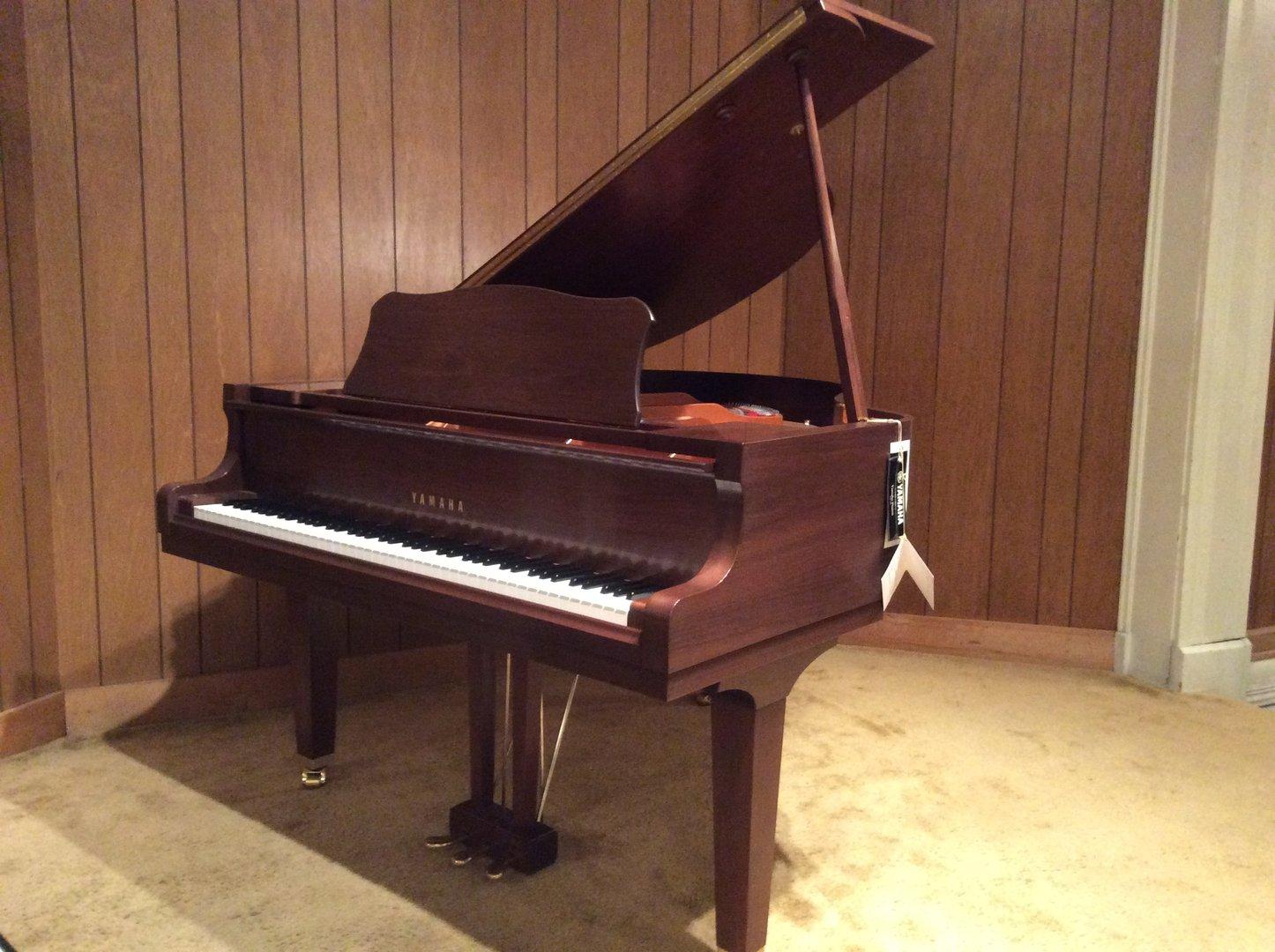 Yamaha grand piano gc1 leithold music 608 784 7555 for Yamaha pianos tampa